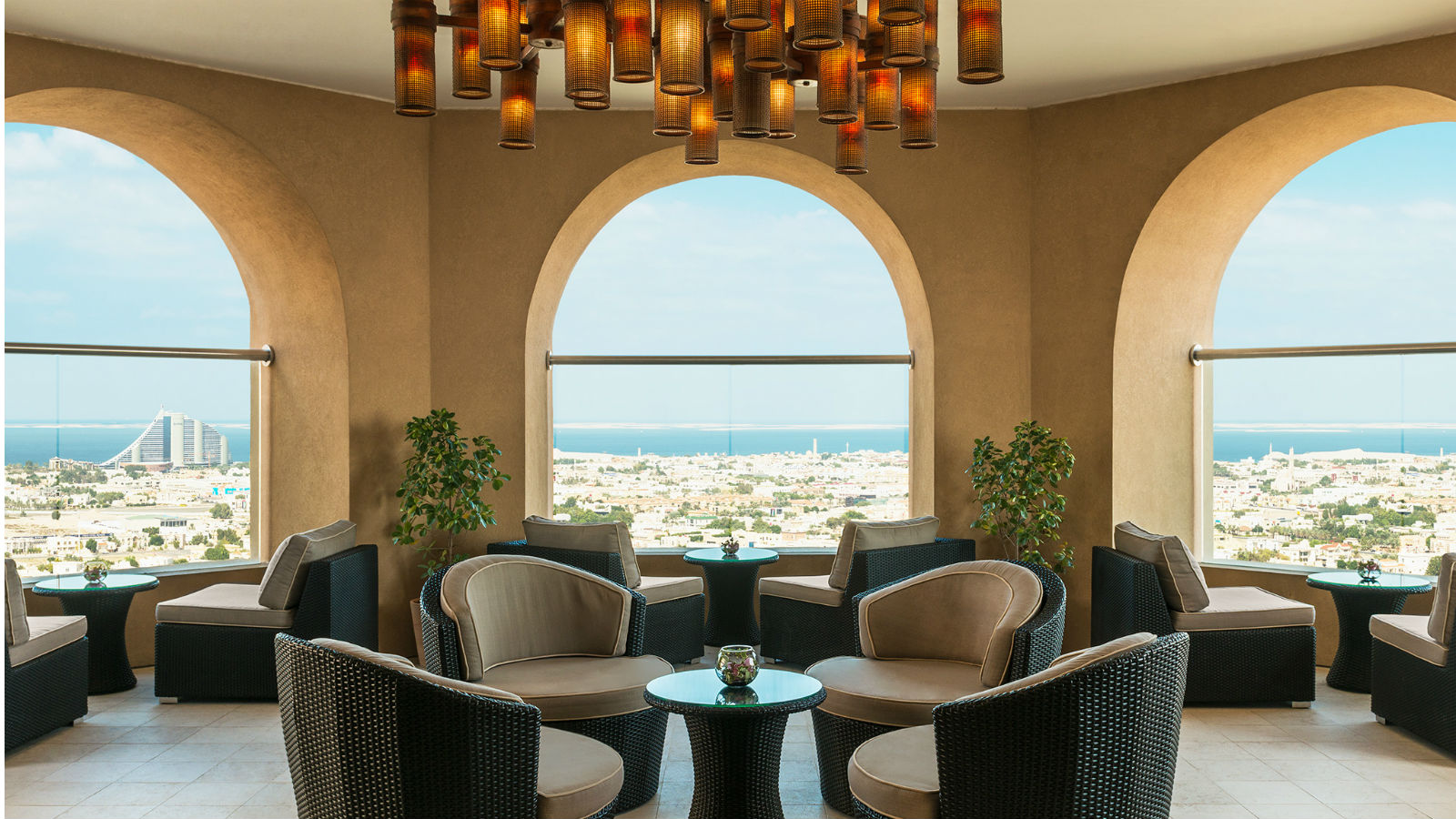 Sanctuary Lounge- Sheraton Dubai of the Emirates